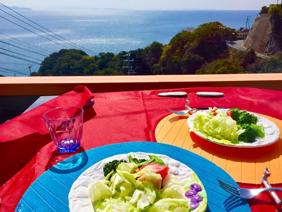 完全予約制!宇和海を眺めながら、ゆったりと料理を味わえる伊方町の隠れ家スポット「カフェ・ふーちゃん」に行ってきました!