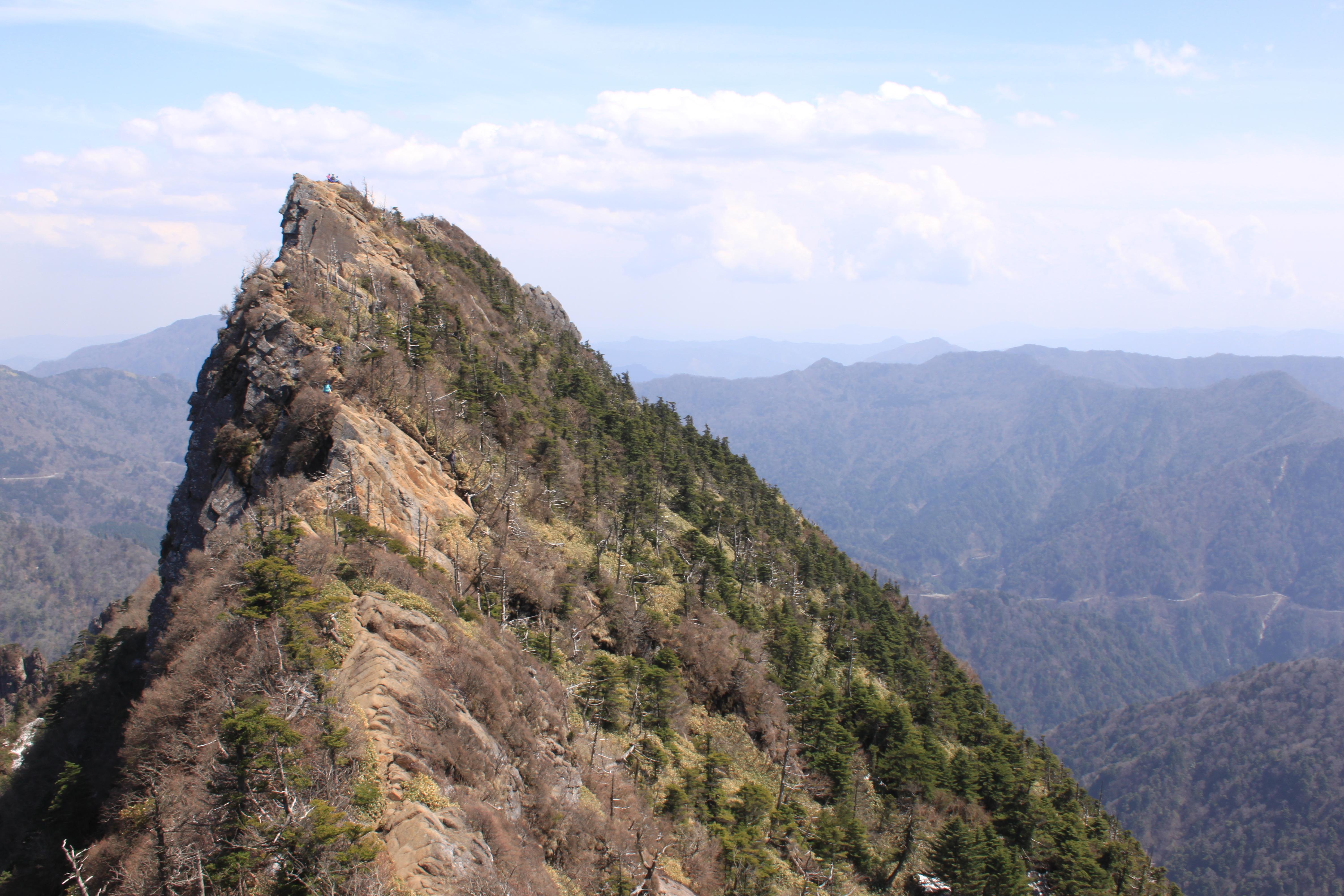 西日本最高峰!愛媛を見守る霊峰「石鎚山」(いしづちさん)に行ってきました!