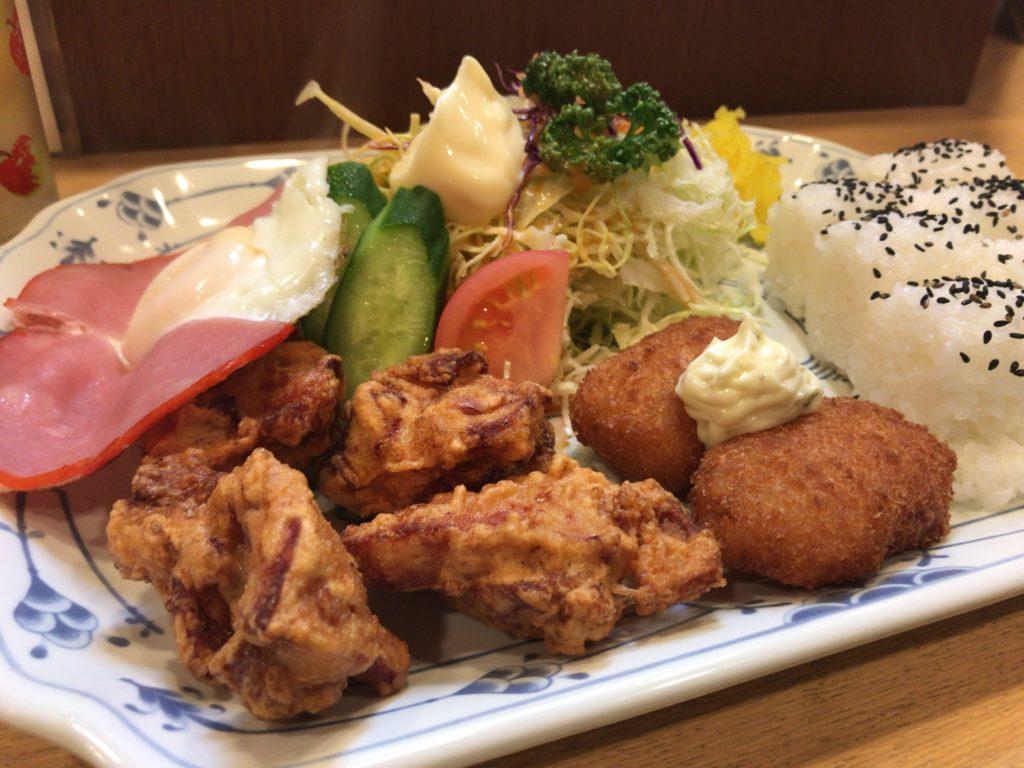 http://kitonaru.com/delhi-okonomiyaki-yakisoba/