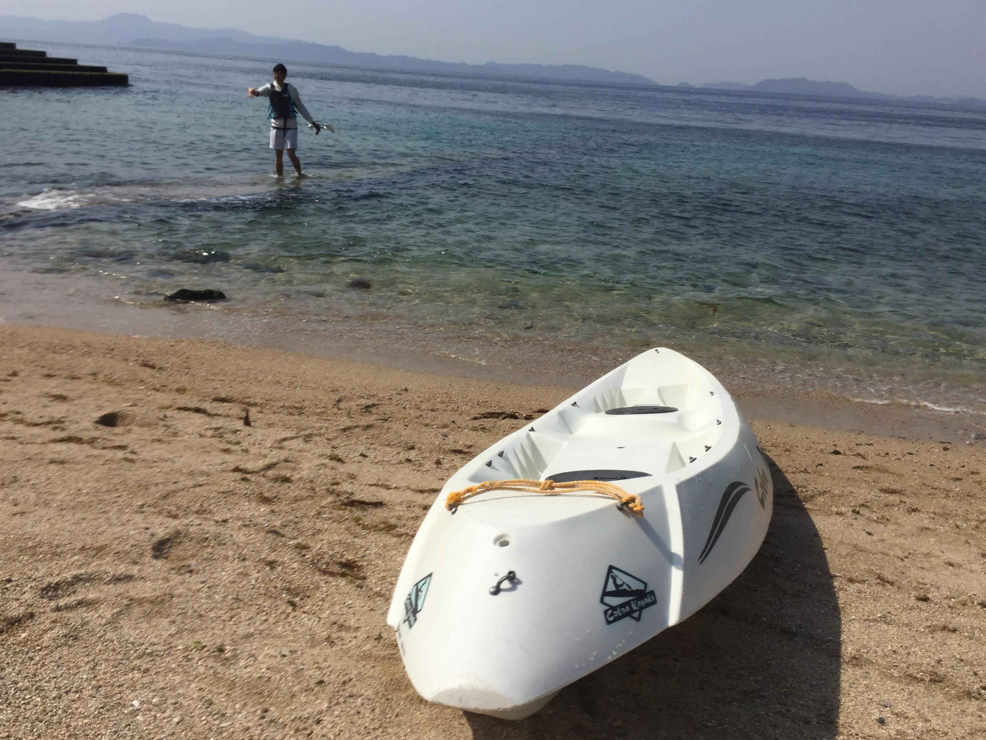 風を感じながら爽快に進む!エメラルドグリーンの海が広がる西予市明浜の海を歩くシーカヤックが最高に楽しい!