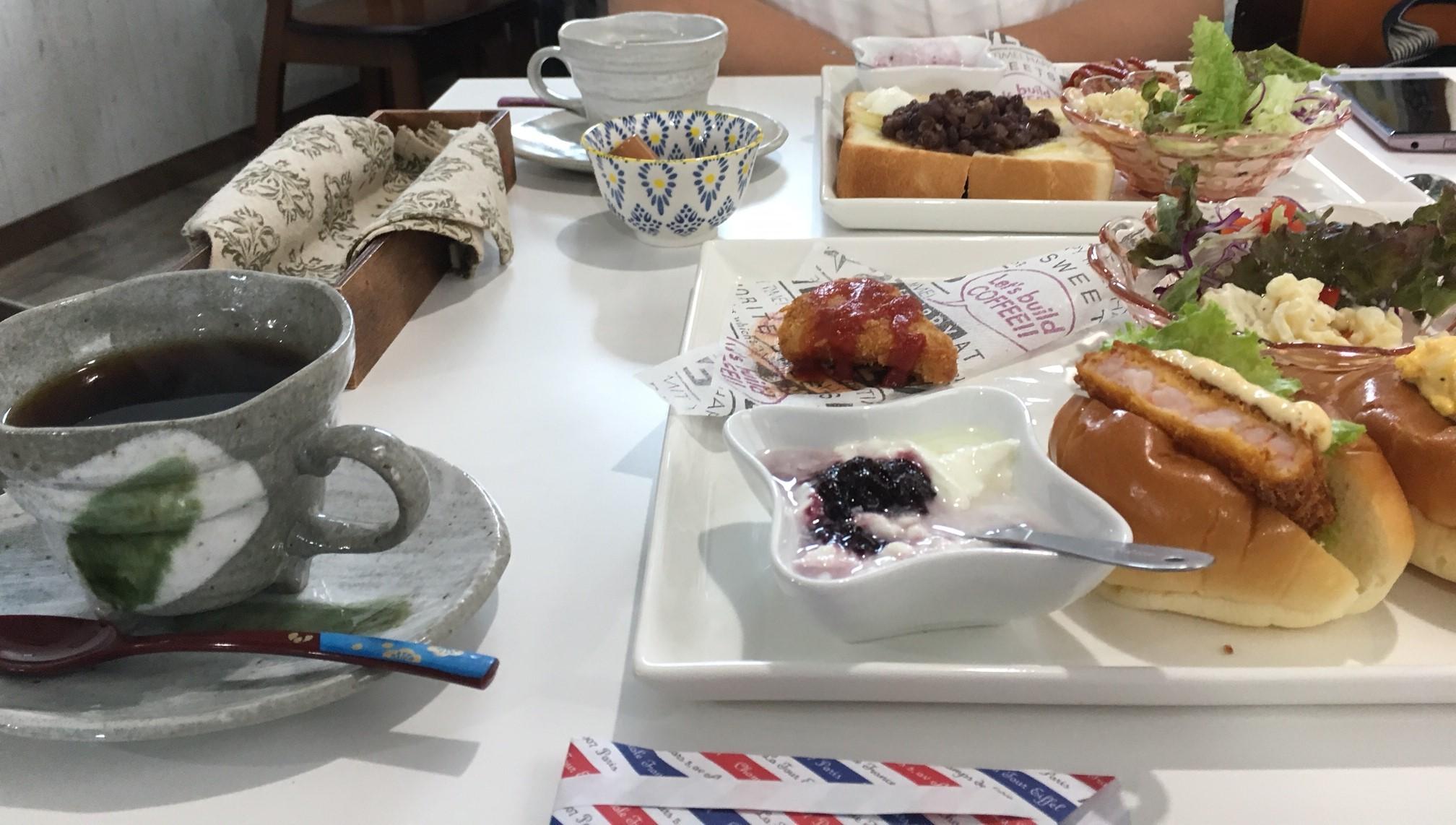 アットホームな雰囲気が素敵!新居浜市にある食器がかわいい小さな喫茶店「ねこのて」に行ってきました!
