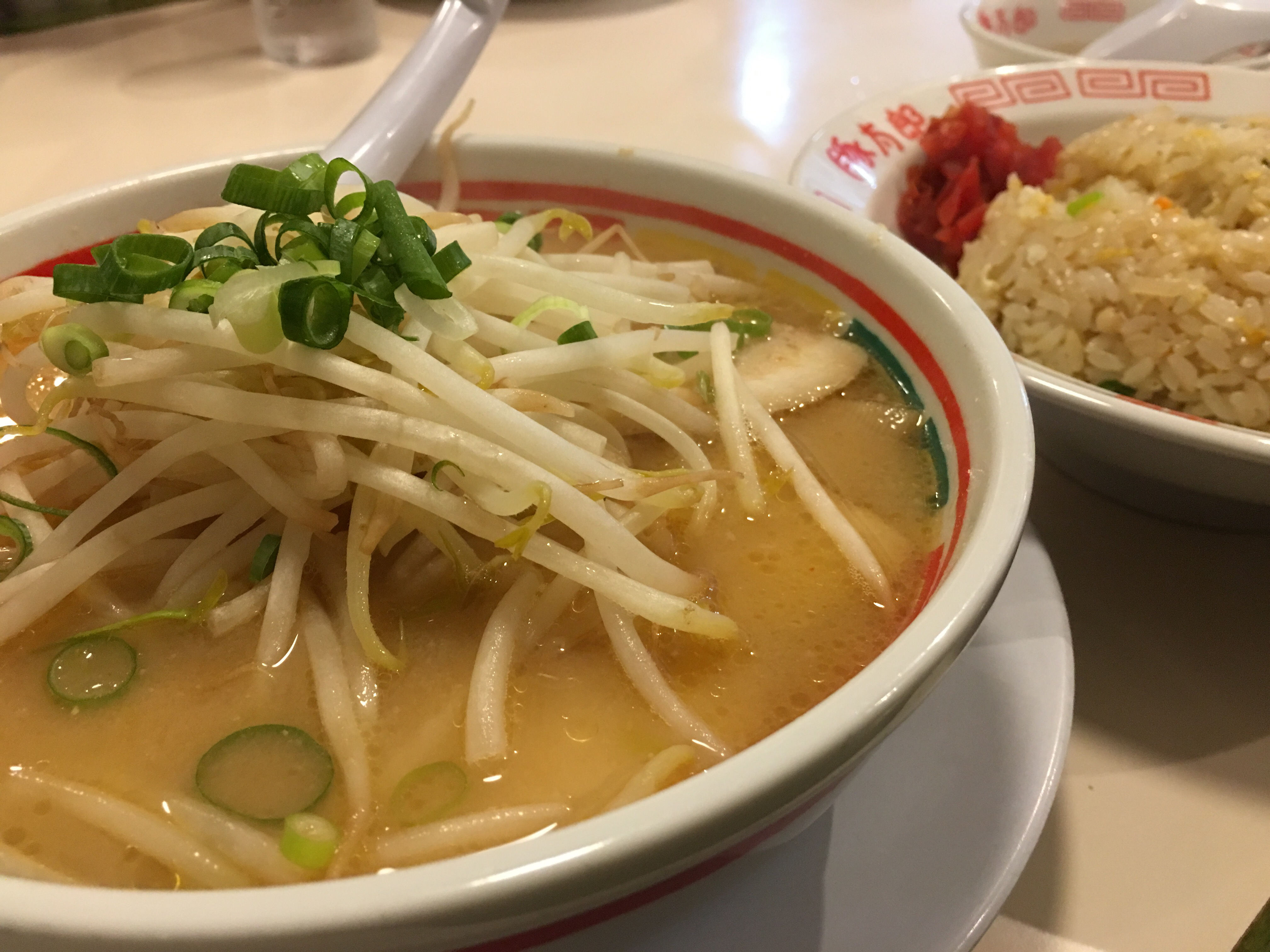 愛媛県民御用達の味!ついつい寄ってしまう「豚太郎」(とんたろう)平野店に行ってきました!