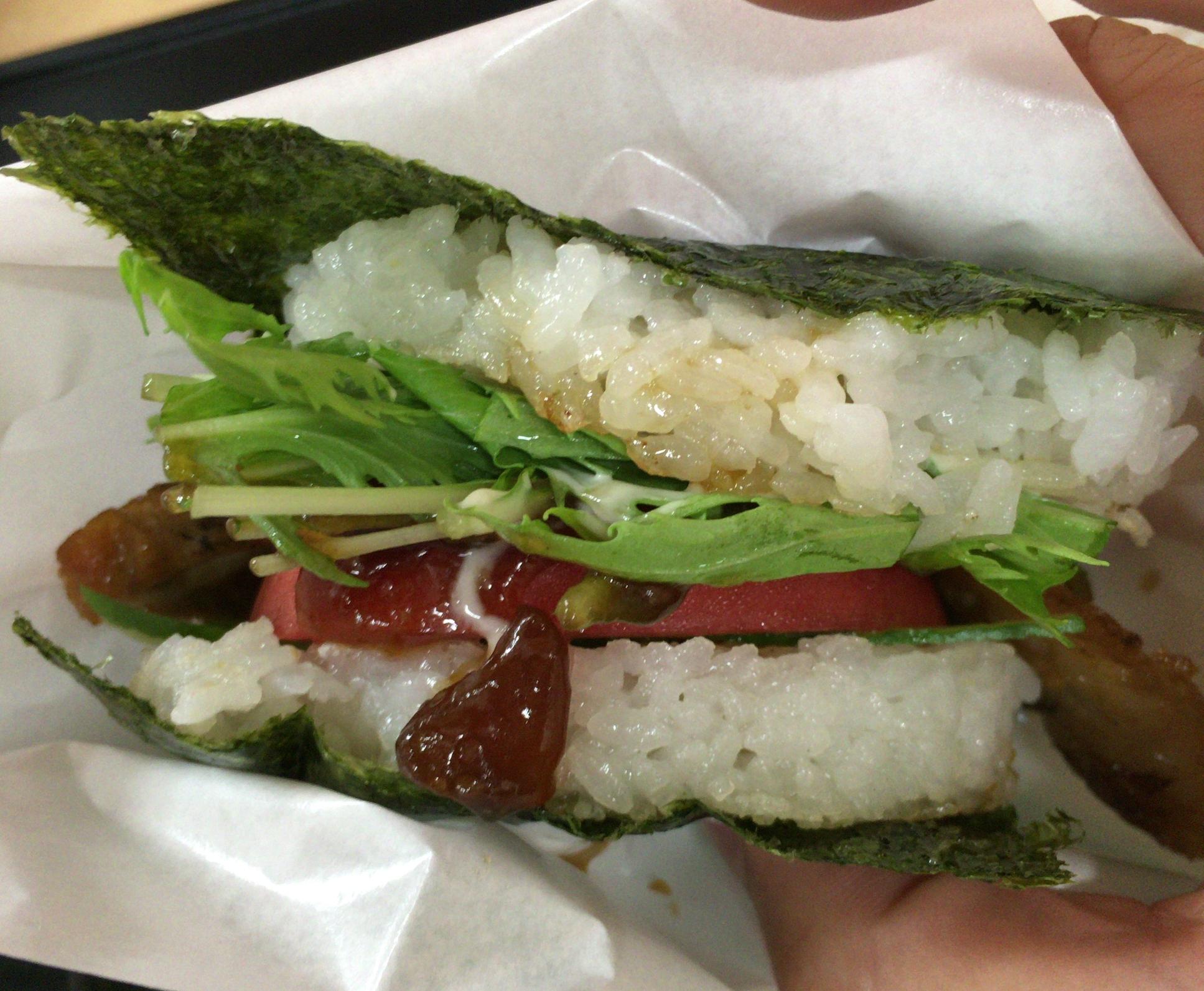 土日限定のB級グルメ!西条市にある「ちゃーしゅう工房」にある地産地消のご当地バーガー「サンチャー」を食べに行ってきました!