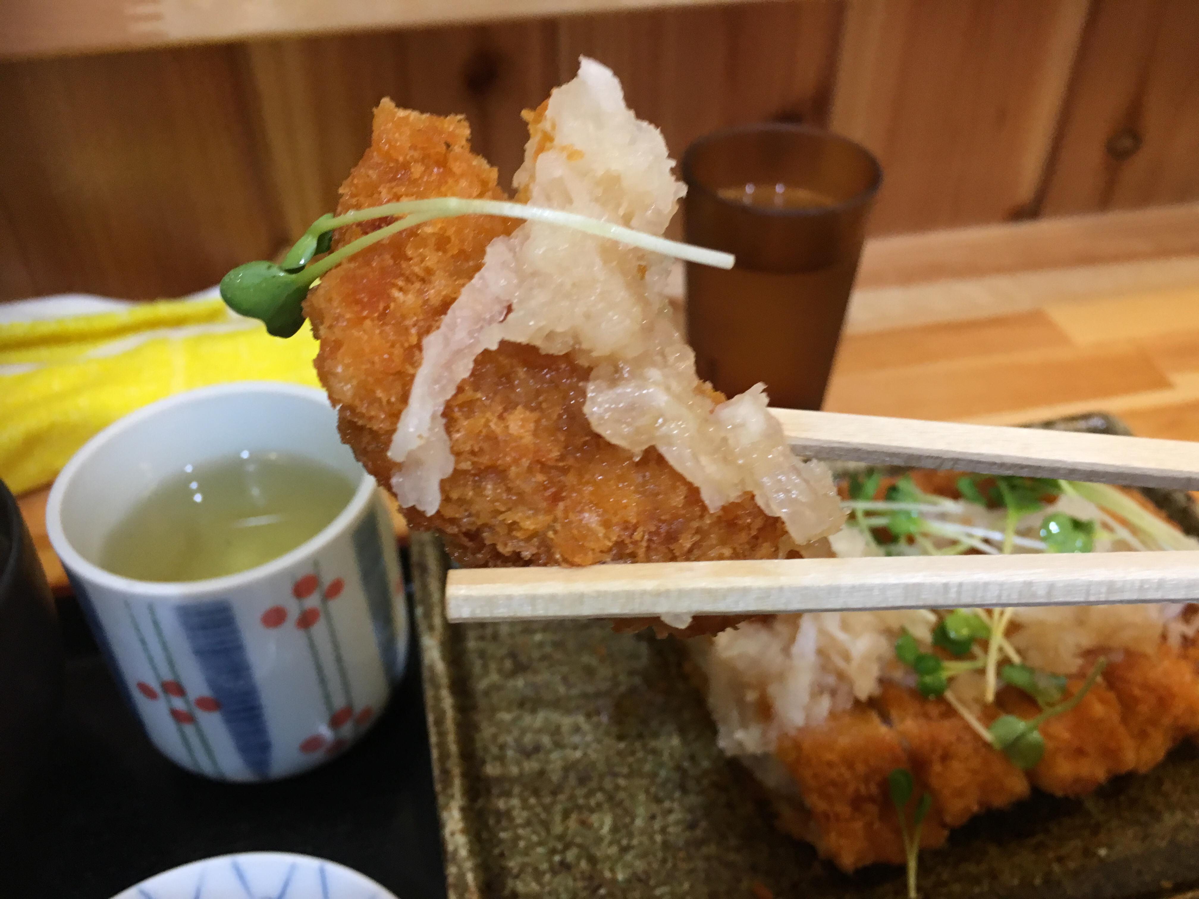 寿司屋なのに定食!?内子町にあるお食事処「木立」で「豚カツおろしポン酢定食」を食べてきました!