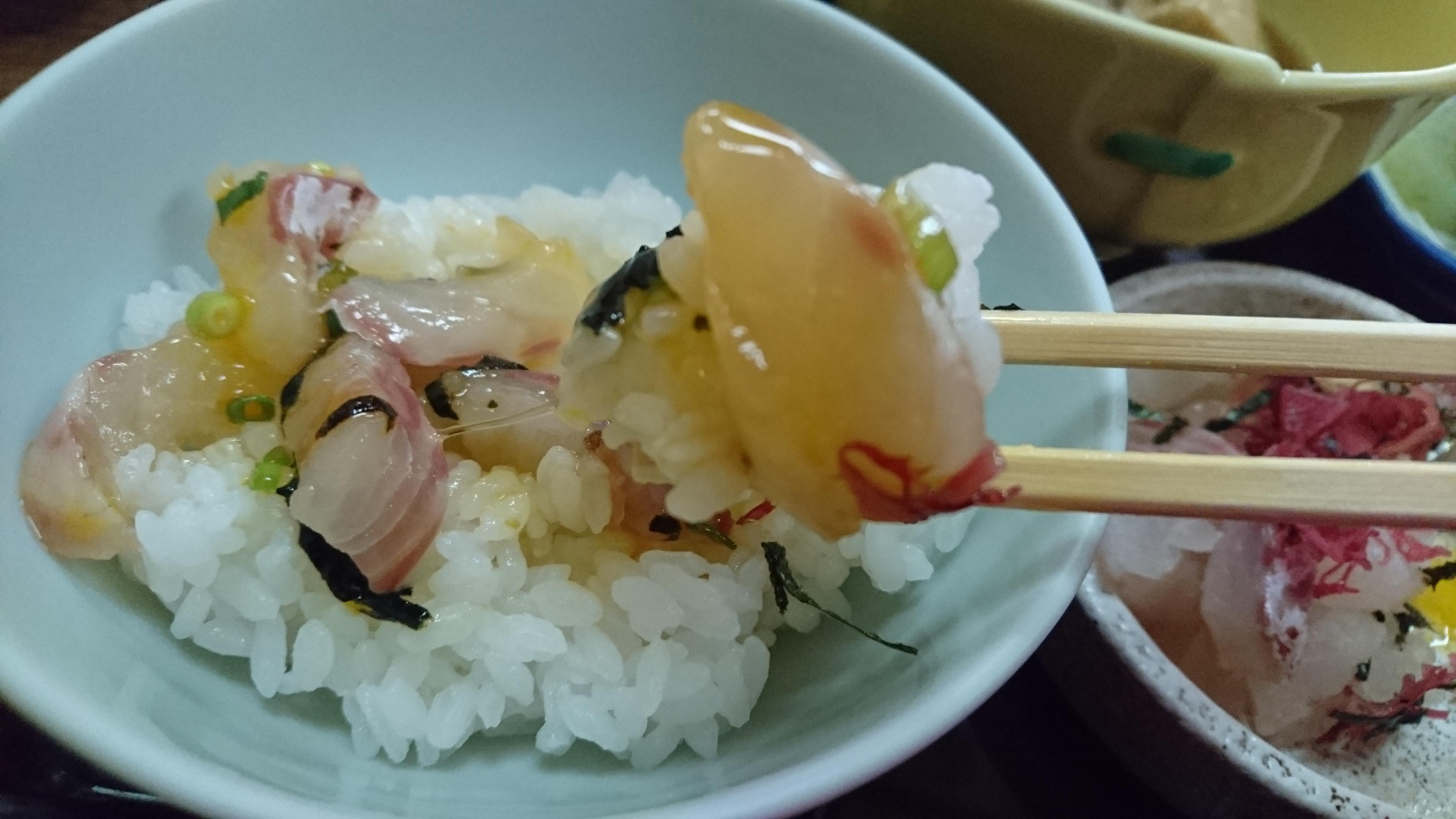絶品!鯛めし!宇和島市で有名な「とみや」の「宇和島鯛めし定食」を食べてきました!