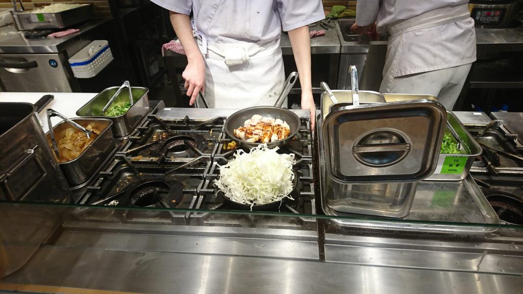 ▲ライブキッチンに新たな魅力を感じる演出をしてくれます!