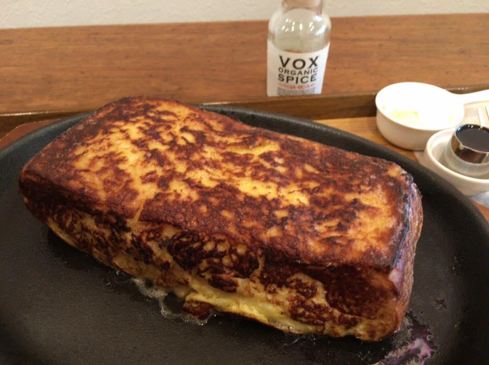 路地裏の名店!松山にある「路地裏珈琲店」があなたに贈る至高の「フレンチトースト」をもうあなたは食べましたか?