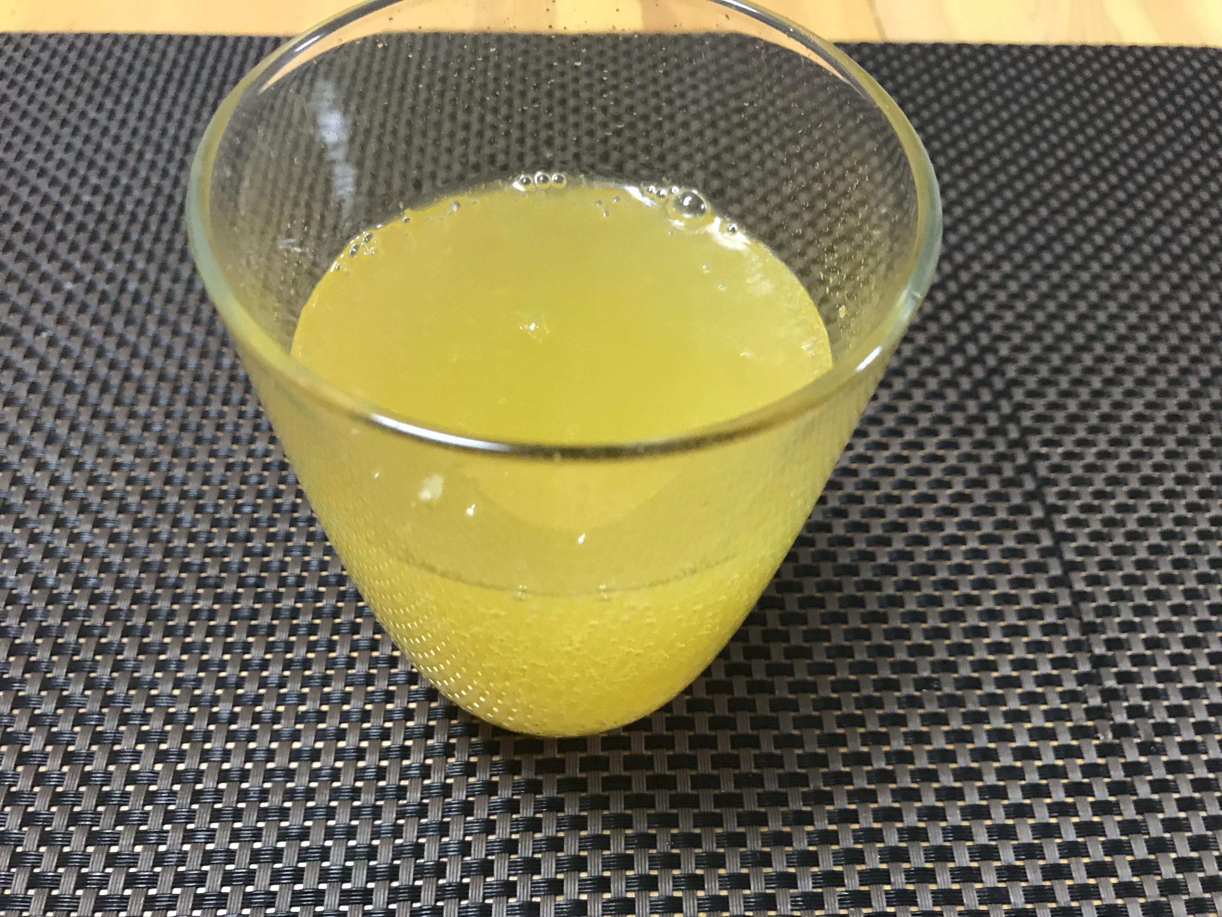 温泉の後の新定番!?みかんとレモンの果汁入りの「瀬戸内さんさん みれも夢サイダー」を買ってきたよ!
