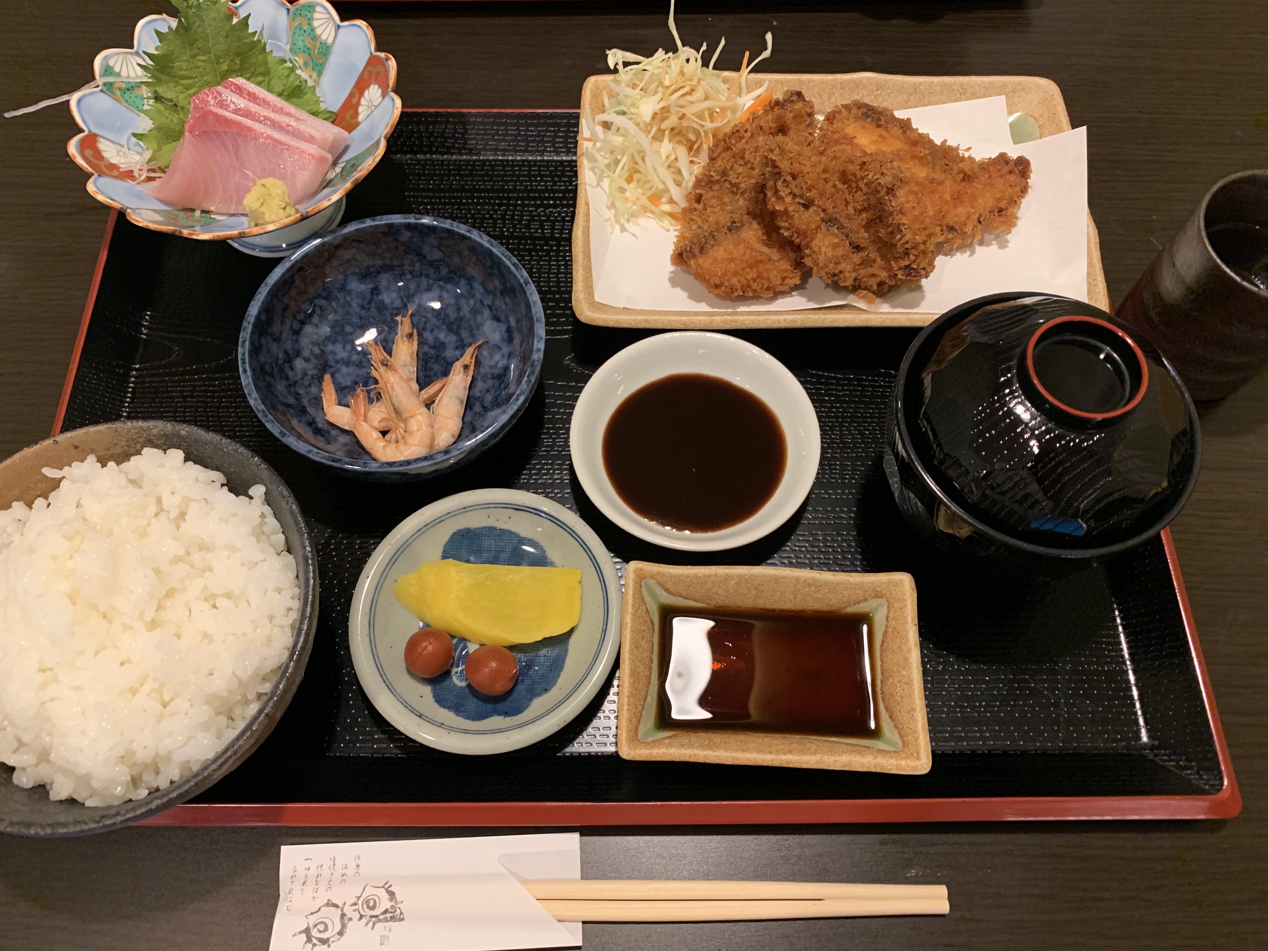 ボリューム満点ランチ!八幡浜で魚料理が美味しい店「海里」で「タイフライ定食」を食べてきたよ!