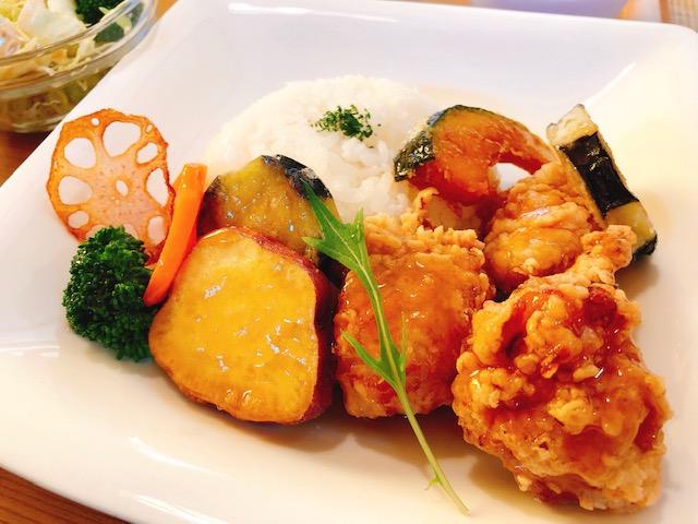 絶品ランチと格安デザートに大満足!西予市宇和町で人気の「cafe れぷれ」でおしゃれなランチを食べてきました!