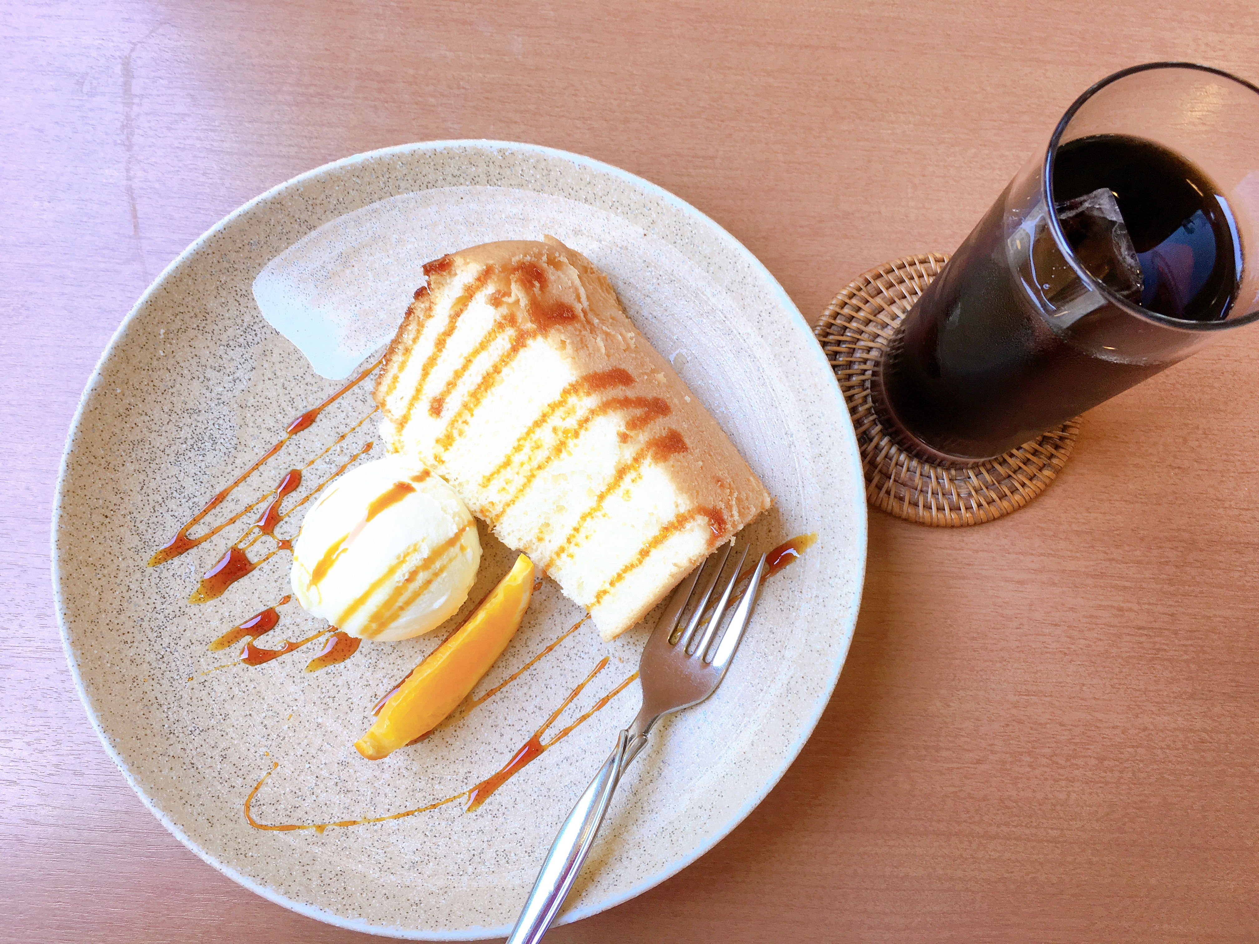 八幡浜港から歩いて行ける!落ち着いた隠れ家的カフェ「YaなGi」に行ってきました!