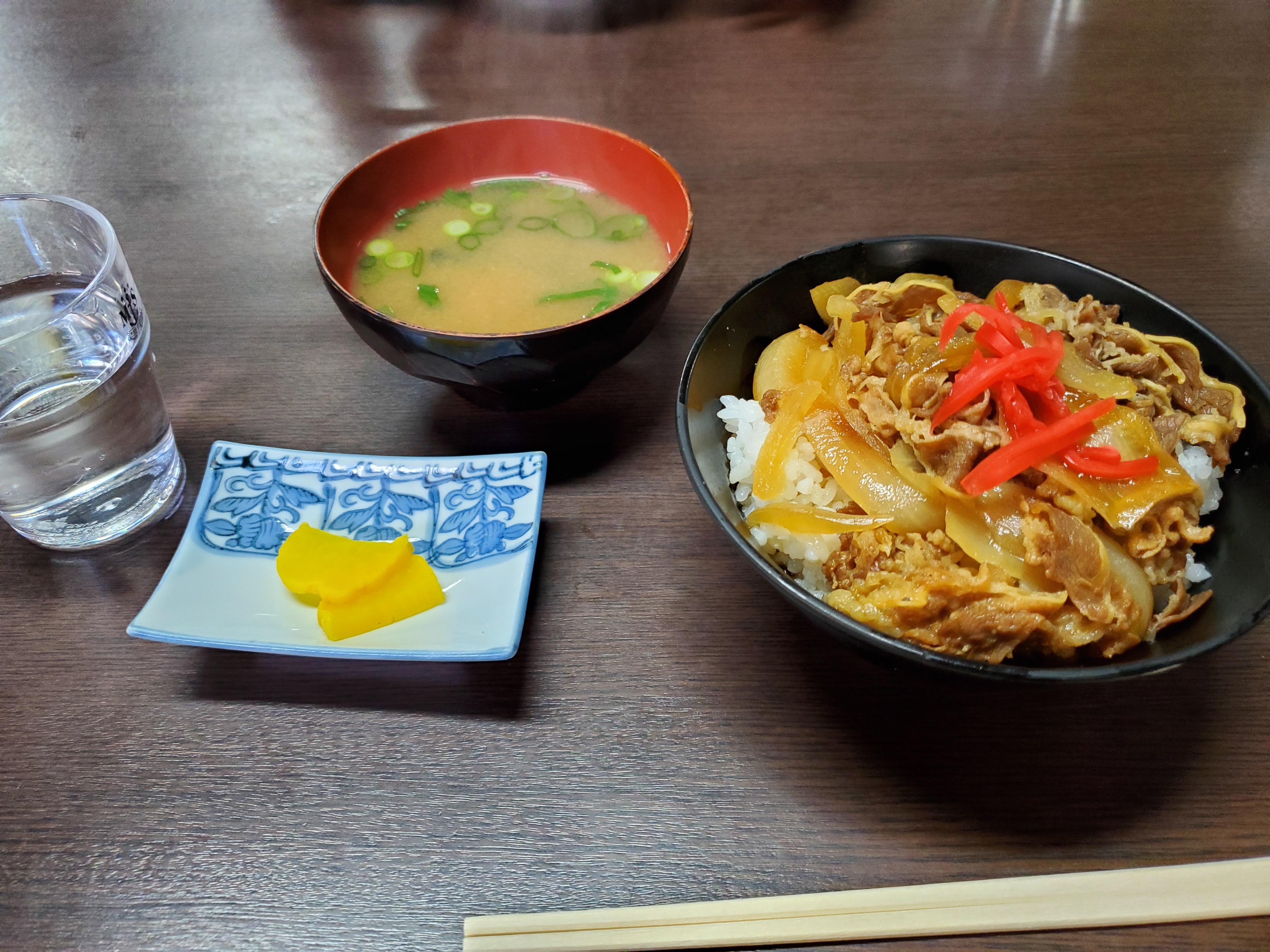 メニューが豊富!西予市野村の乙亥会館近くにある食堂「くいもんや勝」でランチしてきました!