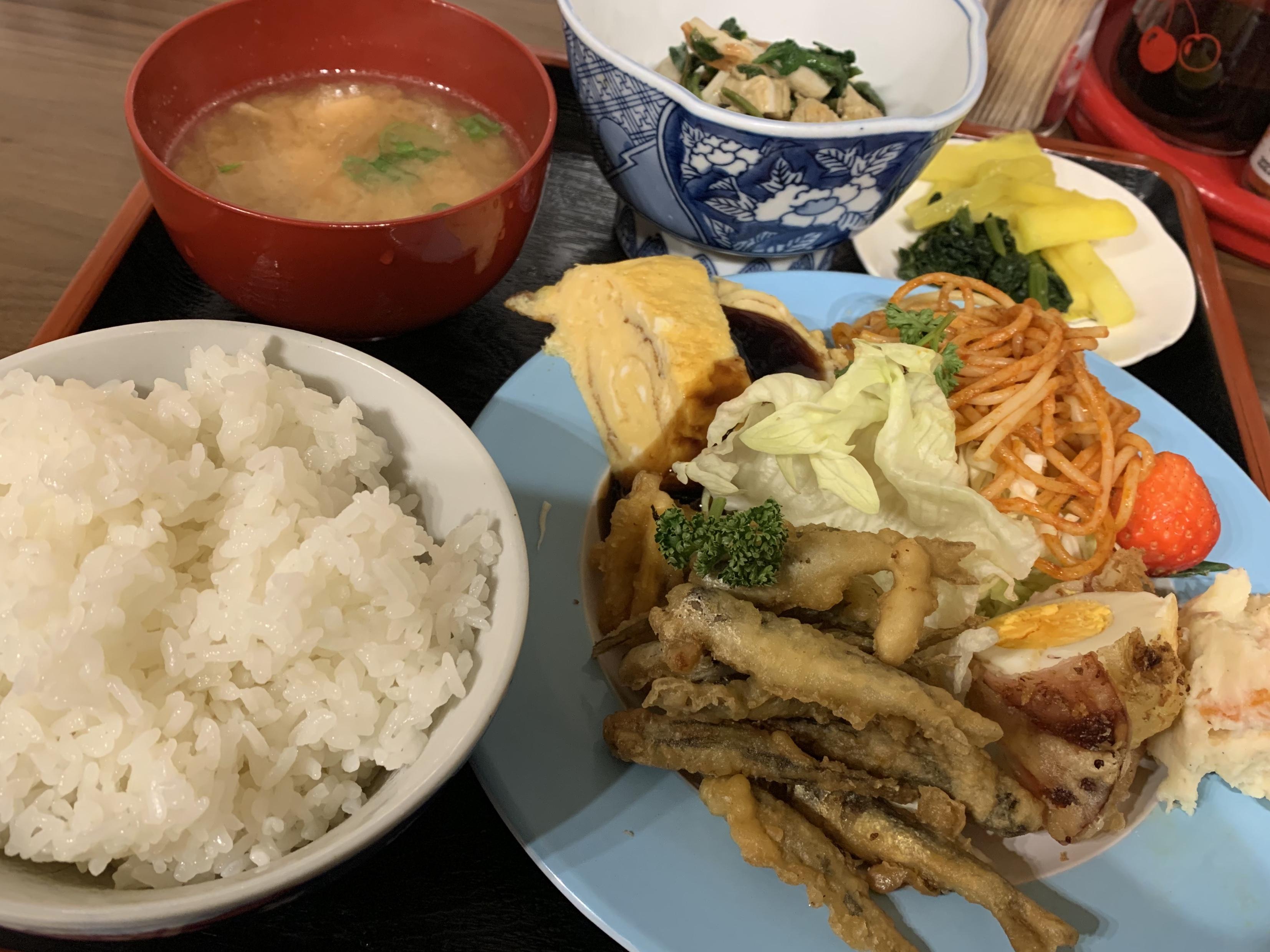 卯之町駅から約10分。西予市宇和町のやさしい食堂「やすい食堂」に行ってきました!
