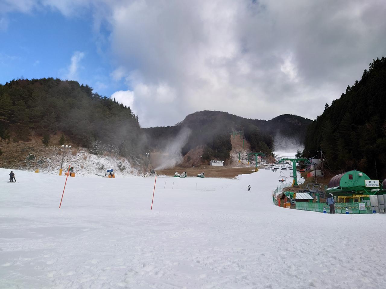 ウインターキクチが巡る!スキー&スノボに最適な 「久万スキーランド」で今シーズン初滑りを堪能してきたよ!
