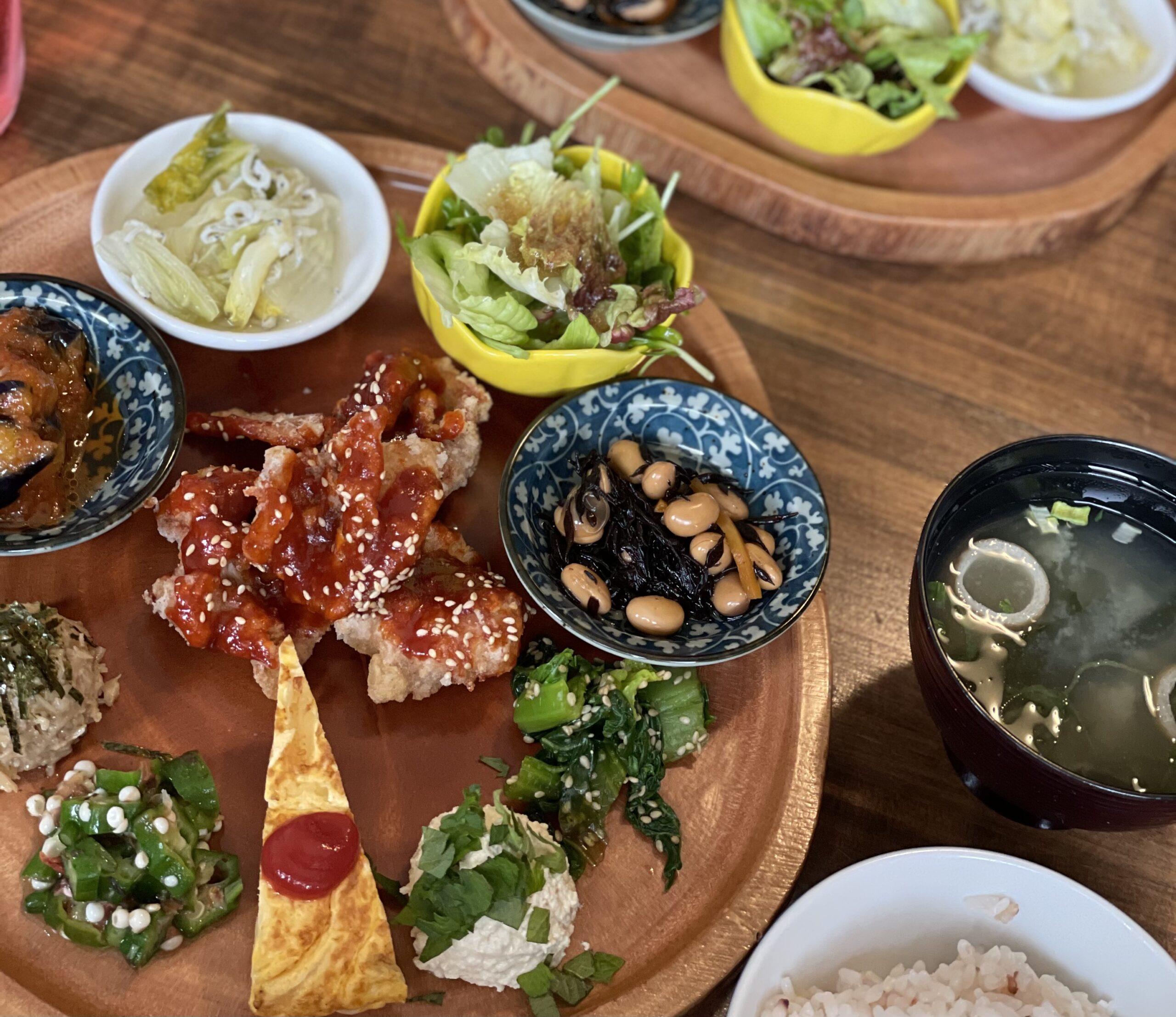 松山市三津浜のレトロ古民家cafe「太陽と月」で「彩り満点太陽プレート」を食べてきたよ!