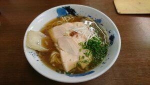 西予市おすすめのラーメン屋「麺や 一心」で「鶏そば」を食べてきたよ!
