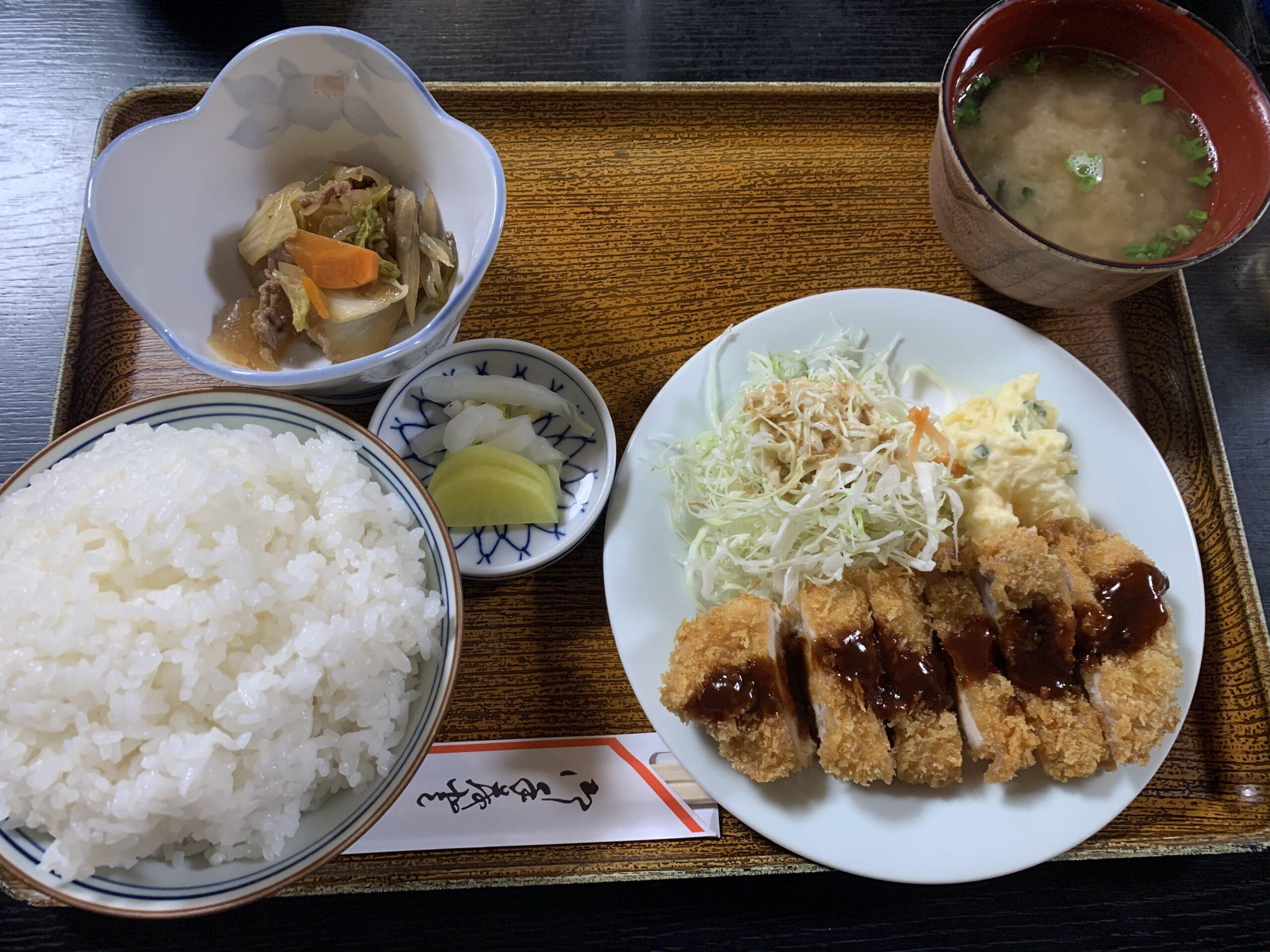 西予市宇和町で地元に愛されるお食事処「たちばな」で「日替わり定食」を食べてきたよ!